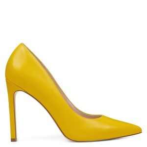 Nine West NIB Tatiana Leather Mustard Yellow Heels